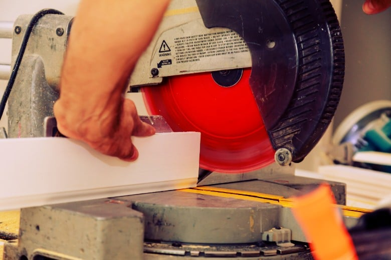 5 Best Budget Miter Saws Options That Won't Break The Bank 1