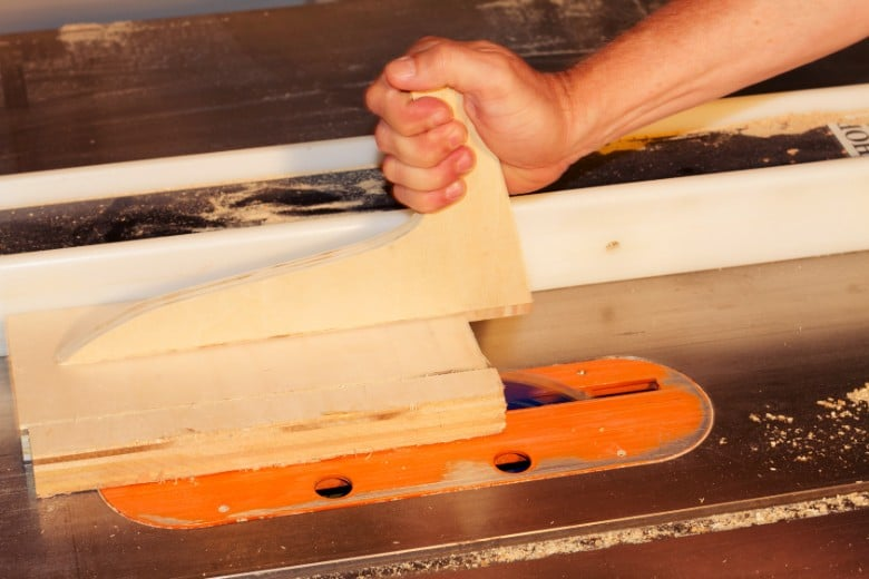 What is table saw kickback and how to prevent it From Happening 4